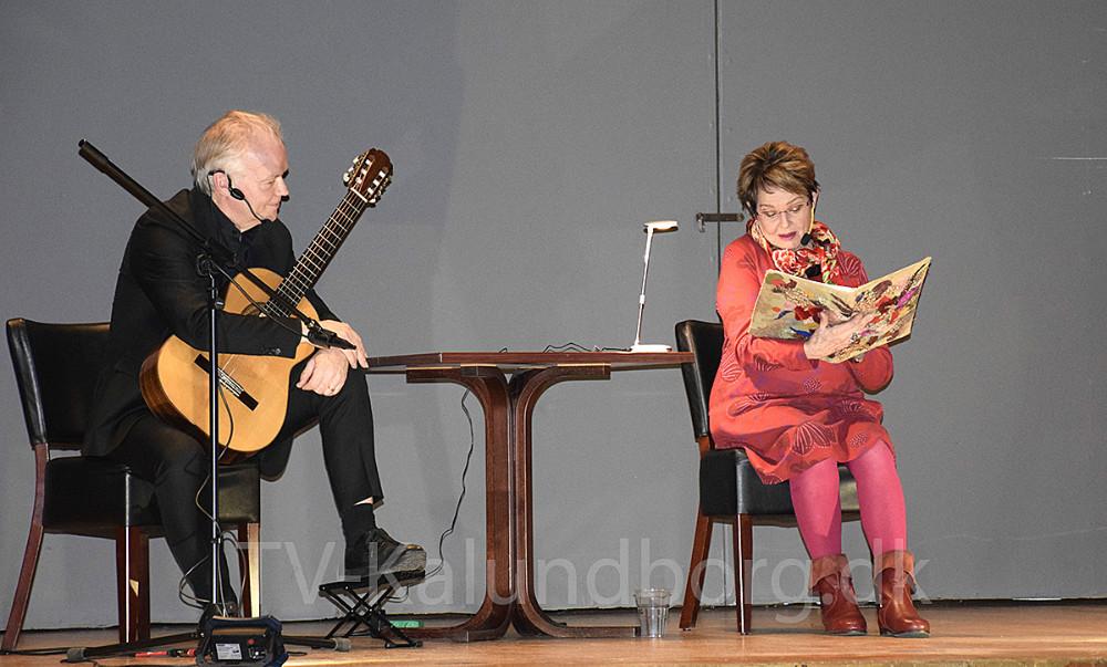 Skuespiller Ghita Nørby og guitarist Lars Hannibal var også på scenen i forbindelse med  Nordisk Kulturfestival. Foto: Gitte Korsgaard.
