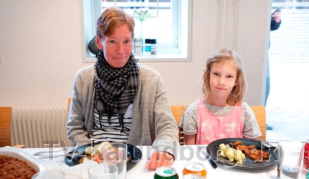Linda Ludvigsen, hendes mand Paw og datteren, 10-årige Natalie, har ikke været på ferie i 10 år og glæder sig til turen. Foto: Jens NielsenFoto: Jens Nielsen