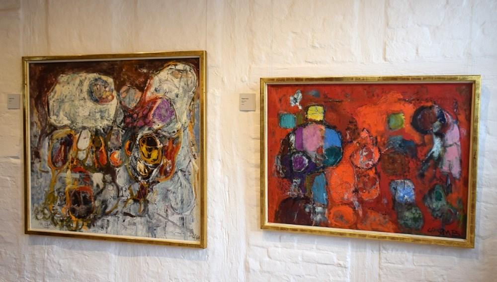 To af Mogens Balles malerier, der hænger på kunstudstillingen på Bispegården. Foto: Gitte Korsgaard.