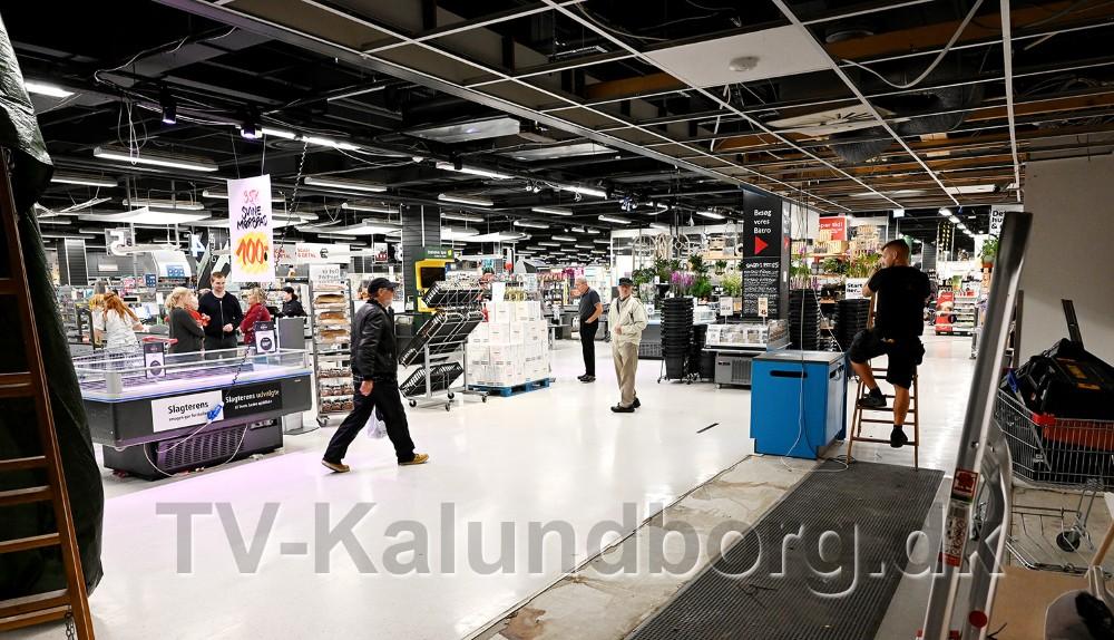 Hvor der tidligere var kiosk kommer nu en 20 meter lang disk til en helt ny bagerafdeling. Foto: Jens Nielsen