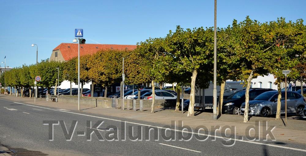 Den tidsbegrænsede parkering ophæves flere steder i Kalundborg, bl.a.på P-pladsen i Bredgade. Foto: Jens Nielsen