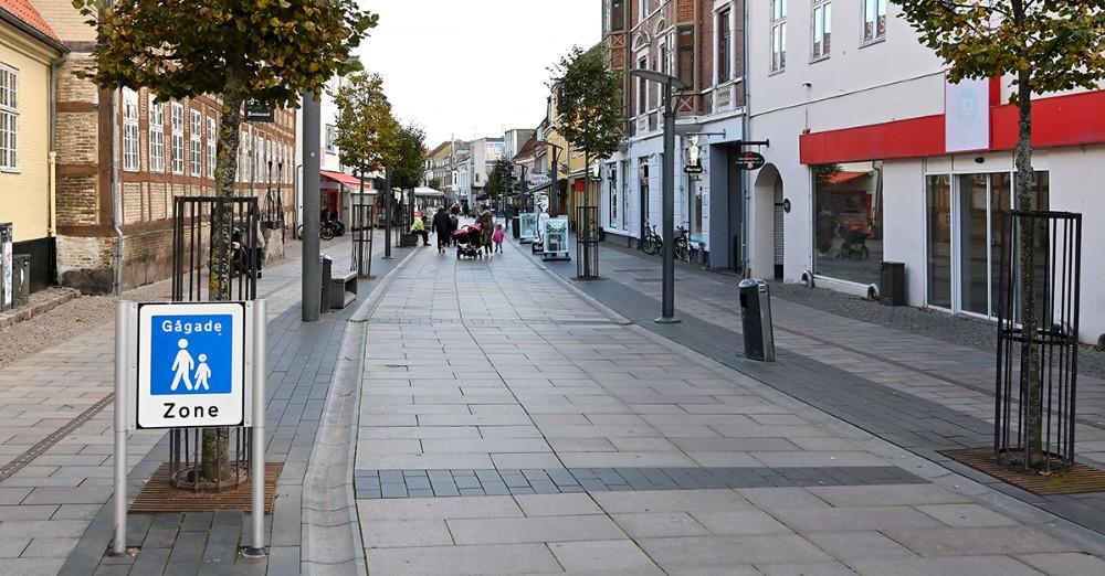 Kalundborg Kommune overvejer at opsætte pullerter i Kordilgade. Foto: Jens Nielsen