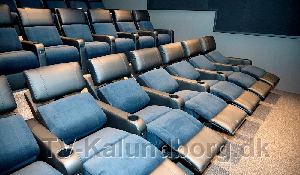 Annette Sønder Nielsen og Brian Sønder Andersen fra Kino Den Blå Engel glæder sig til at tage den helt nye biografsal i brug. Foto: Jens Nielsen