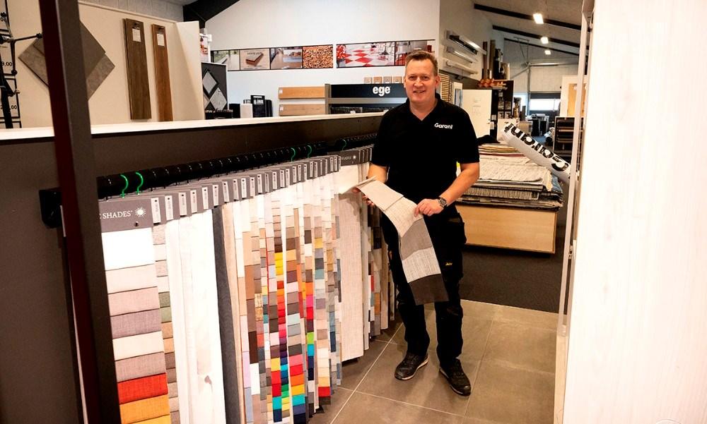 Garant leverer både helt færdige gardinløsninger og stof til dem som selv vil sy deres gardiner. Foto: Jens Nielsen