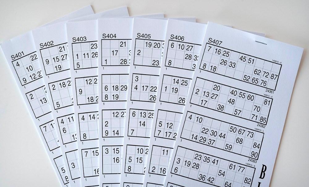 Bankohæfterne med hver 10 spil købes hos Meny og Kvickly