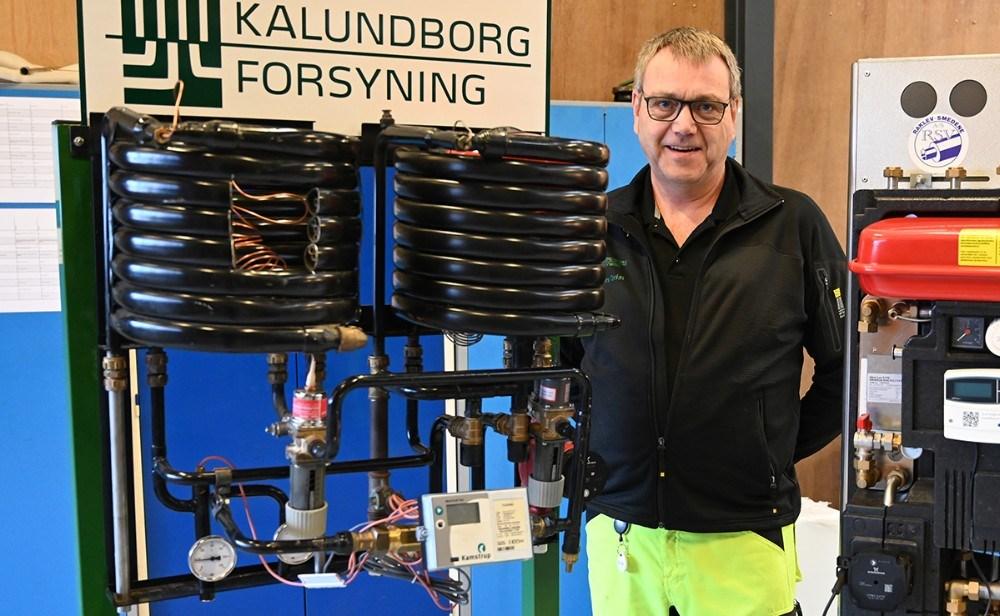 Anders Qvist, procesoperatør hos Kalundborg Forsyning, med et godt råd til forbrugerne. Foto: Jens Nielsen