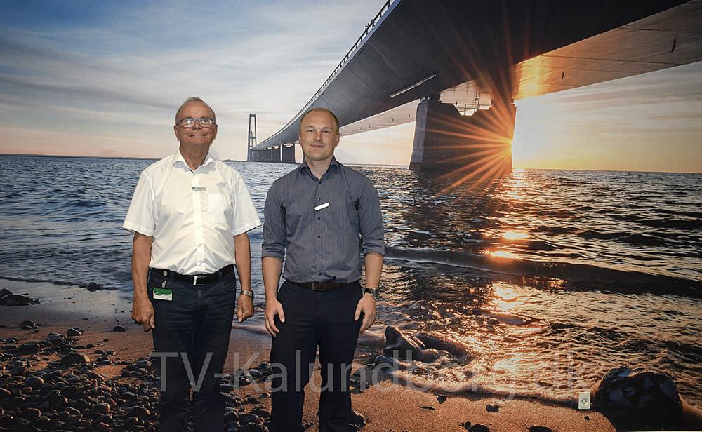 Efter 47 år går Arne Nielsennu på pension, og Kasper Holm Andersen overtager som leder iprivatafdelingeni Jyske Bank i Kalundborg. Foto: Gitte Korsgaard.