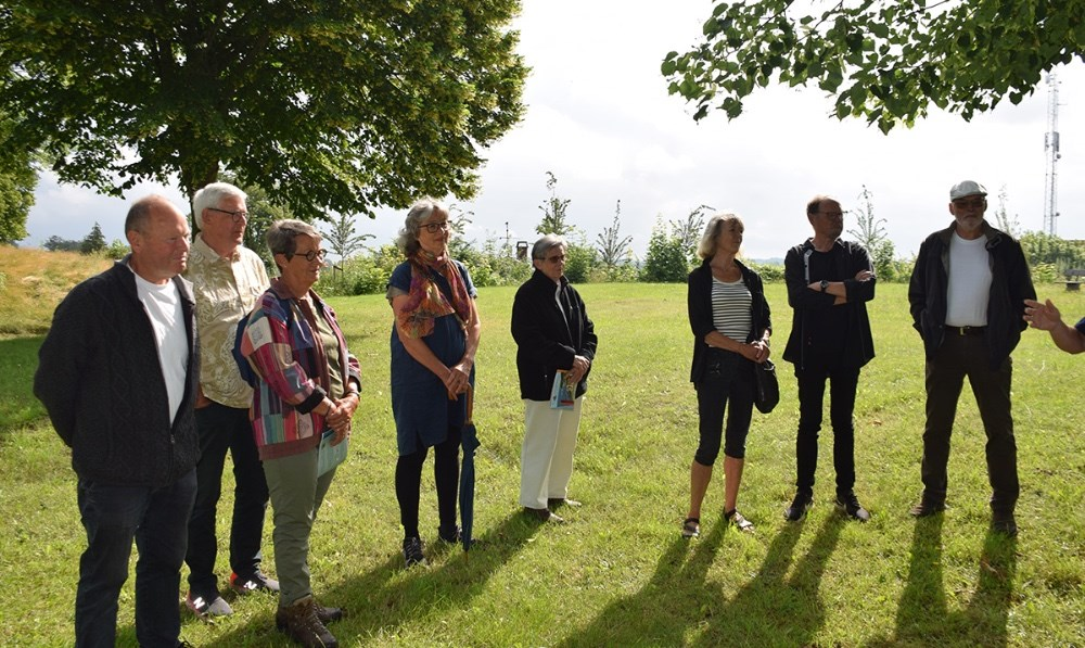 Søndag formiddag var der officiel indvielse på Møllebakken i Kalundborgaf nye Lundbye landmarks. Foto: Gitte Korsgaard.