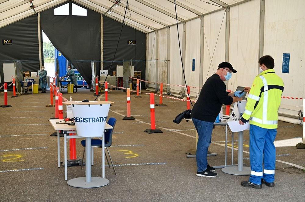 I et opstillet testtelt bliver alle håndværkere testet hver 4. dag. Foto: Jens Nielsen