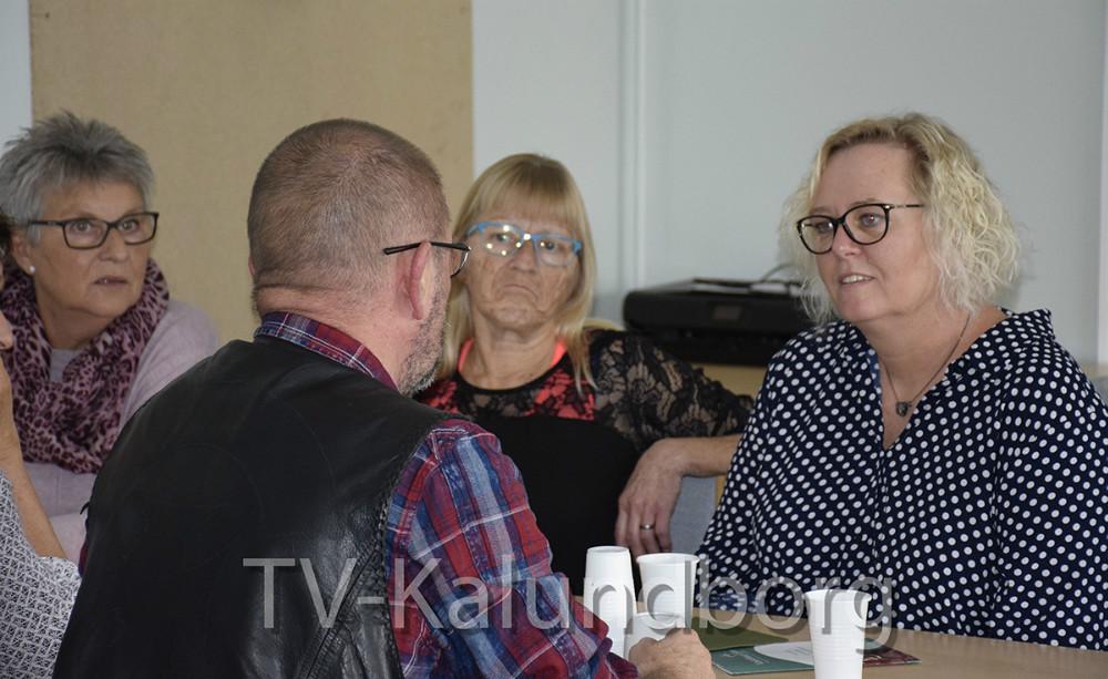 Gitte Johansen (V) medlem af Socialudvalget var på besøg hos Liljen. Foto: Gitte Korsgaard.
