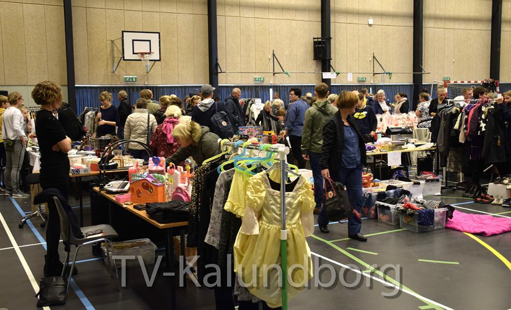 Loppemarked i Fritidscentret på Novo i Kalundborg. Foto: Gitte Korsgaard.