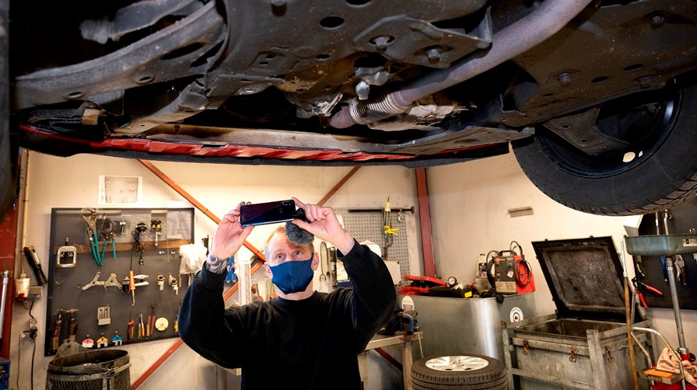 Bilen videofilmen når den er til service og filmen sendes efterfølgende til kunden. Foto: Jens Nielsen