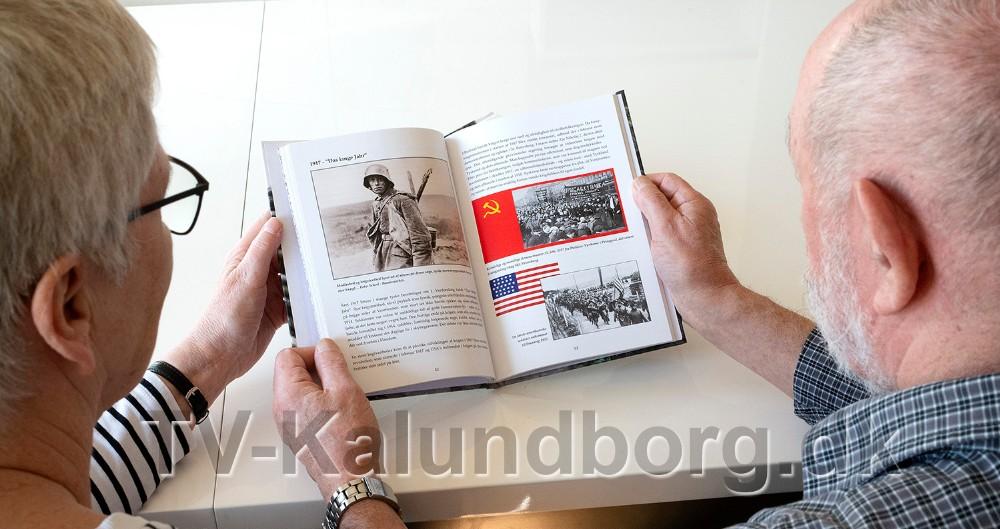Kitta og Sven Petersen Kalundborg, har udgivet en bogom 1. verdenskrig. Foto: Jens Nielsen