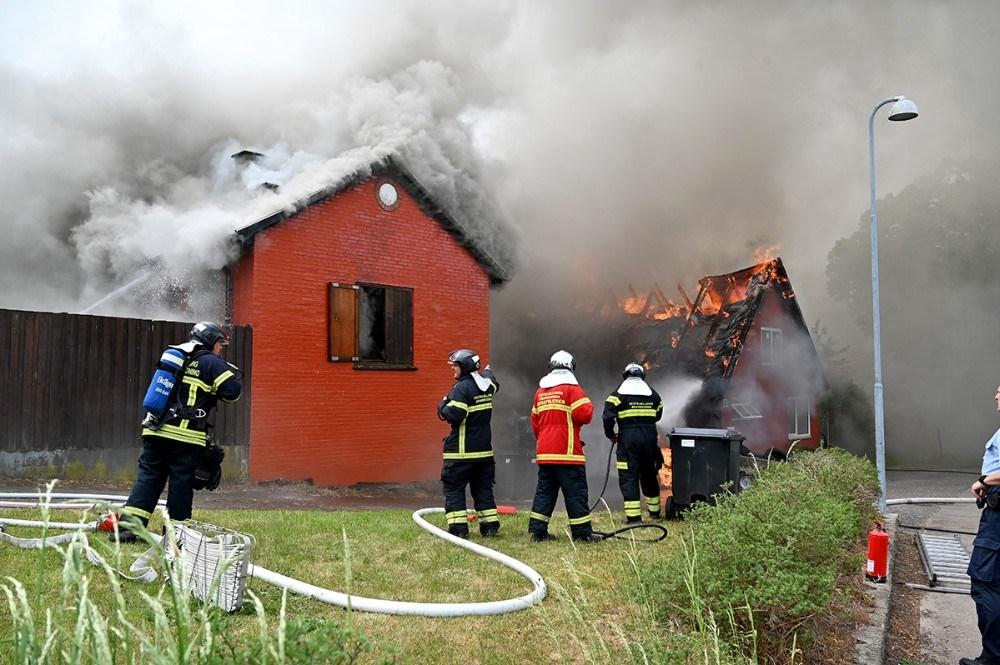 Branden udviklede sig voldsomt og intet stod til at redde. Foto: Jens Nielsen