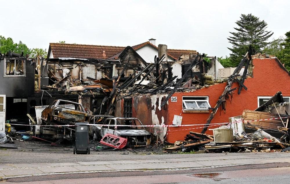 Branden opstod i forbindelse med nogetreparationsarbejde på en bil på gårdspladsen. Foto: Jens Nielsen