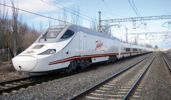 I Spanien har man udviklet Talgo 250 Dual, som kombinerer et tog, der kører med strøm fra kørerledninger, og et tog, der kører på diesel.