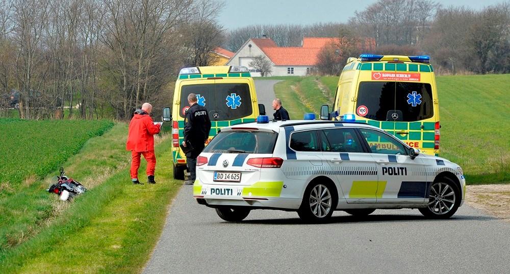 Alvorlig motorcykelulykke på Østrupvej lørdag over middag. Foto: Jens Nielsen