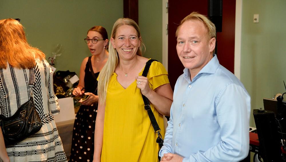 Søren Tullesen sammen med sin søster Mette Thrane, der har legetøjsforretninger i Gørlev og Kalundborg. Foto: Jens Nielsen