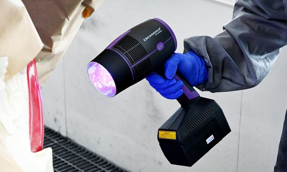 Med den nye uv lampe kan småskader klares væsentligt hurtigere. Foto: Jens Nielsen