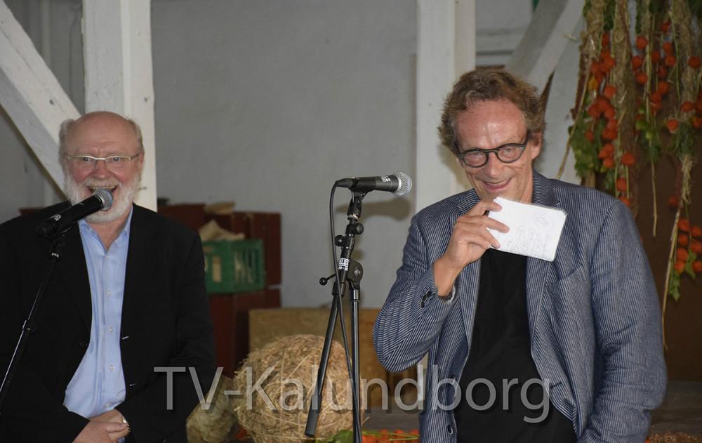 Johs.  Nørregaard Frandsen og Christian Have fortalte om H.C. Andersen. Foto: Gitte Korsgaard.