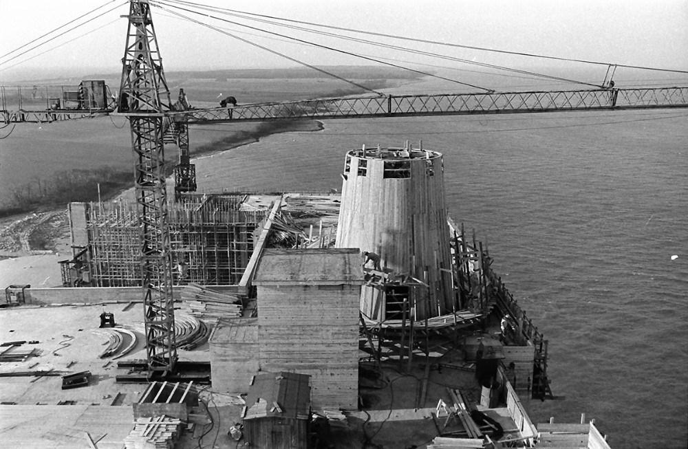 Opførelsen af Asnæsværket. Foto: Henry Frederiksen