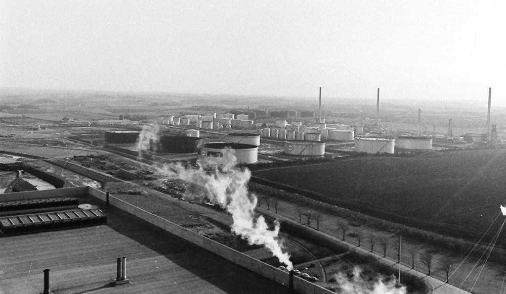 Den første start af raffinaderiet i Kalundborg. Foto: Henry Frederiksen