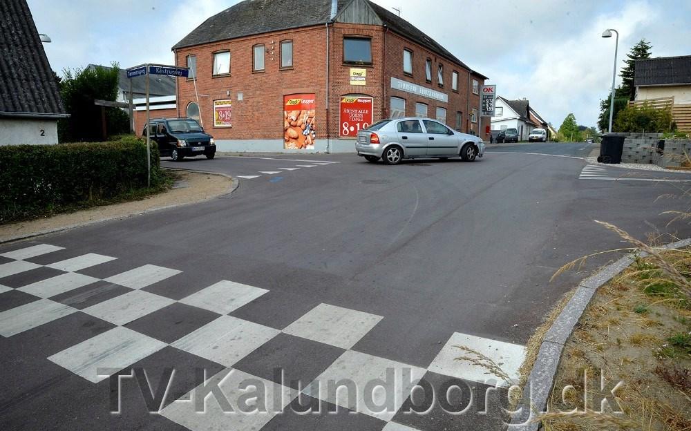 Der er sket mange trafikuheld i krydset ved Tømmerup Brugs. Nu bliver der sat penge af til bedre trafiksikkerhed. Arkivfoto: Jens Nielsen