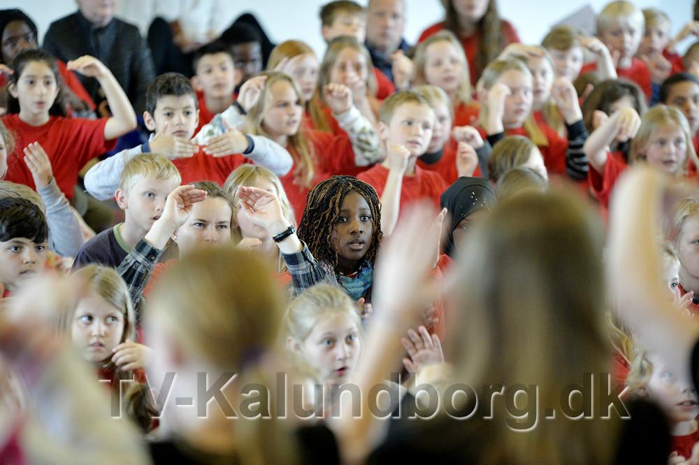 350 elever var samlet på Musisk Skole til Skolernes Sangdag. Foto: Jens Nielsen