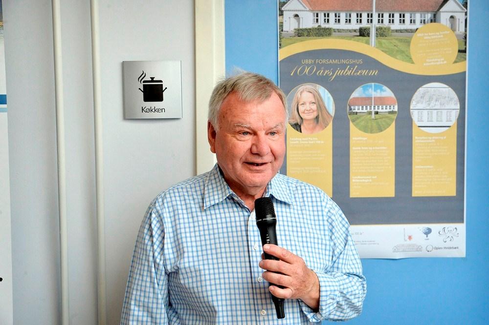 Niels Brødsgaard fra arbejdsgruppen bag jubilæumsarrangementet,  bød velkommen. Foto: Jens Nielsen