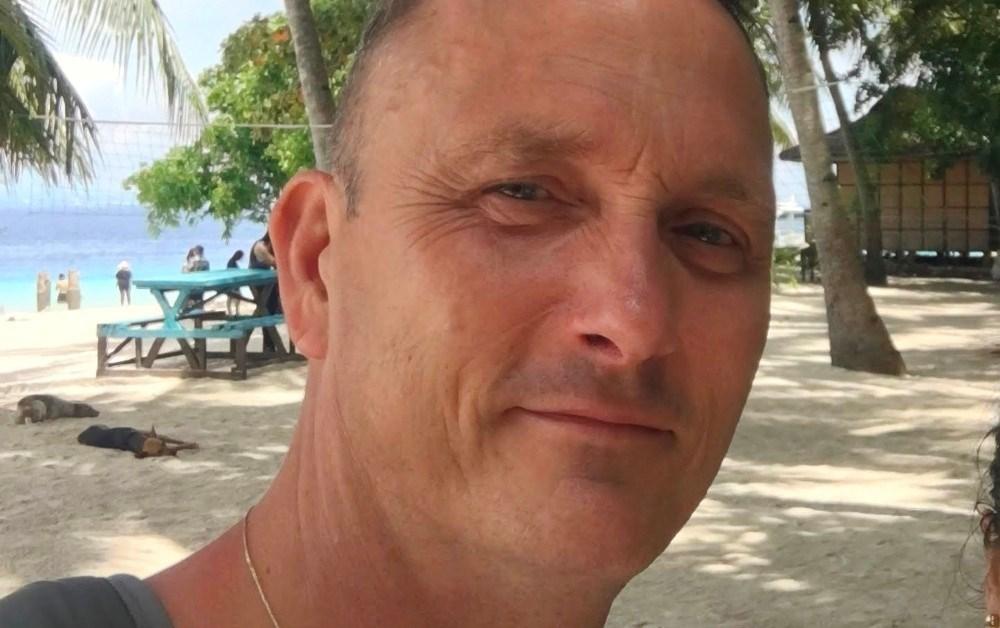 Bob Arup er strandet på Filippinerne. Privatfoto