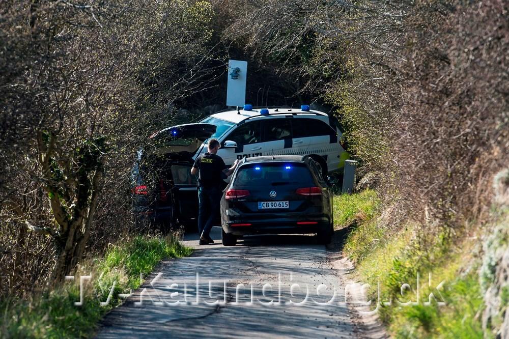 Biljagten endte i en carport for enden af en blind vej. Privatfoto
