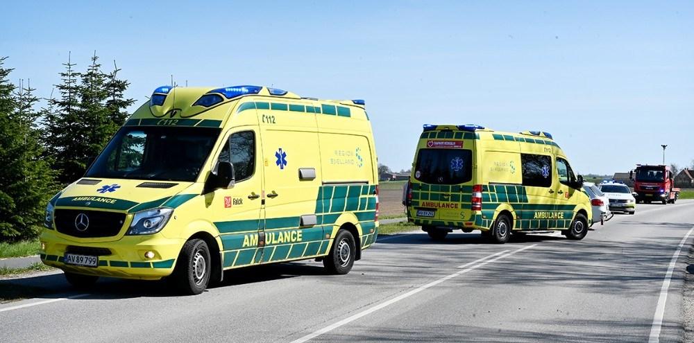 Der blev sendt politi og flere ambulancer til stedet. Foto: Jens Nielsen