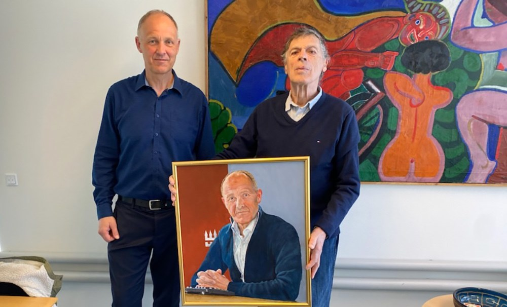 Kjeld Nielsen har netop malet borgmester Martin Damm. Privatfoto.