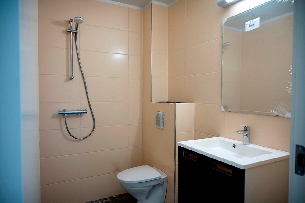 Badeværelset på et af værelserne. Foto: Jens Nielsen