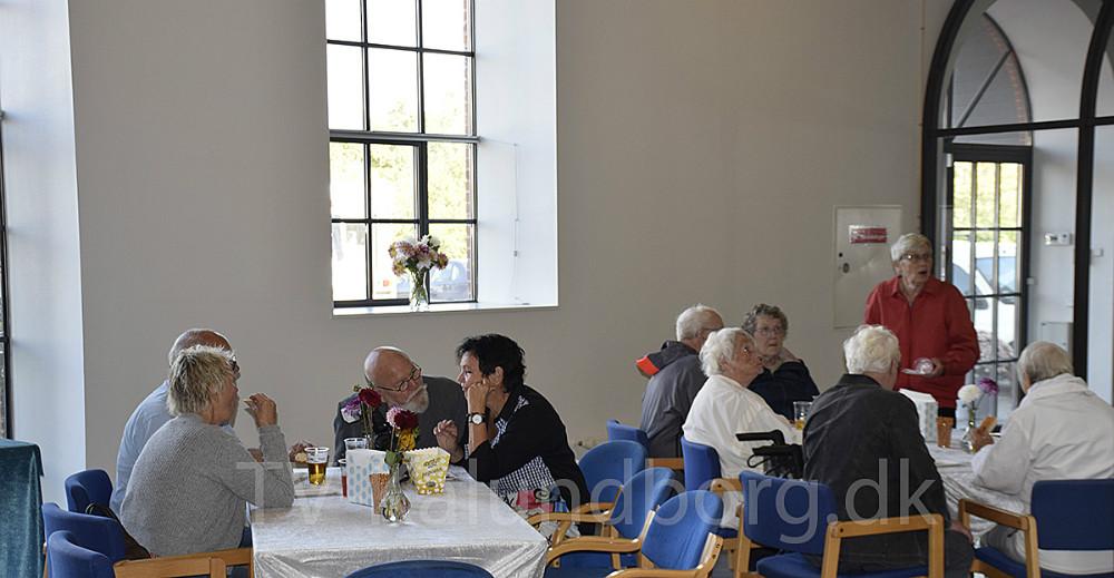 Lulu Harms Larsen, der har lejet Den Gamle Sukkerfabrik i Gørlev, holdte lørdag reception i de fine lokaler. Foto: Gitte Korsgaard.