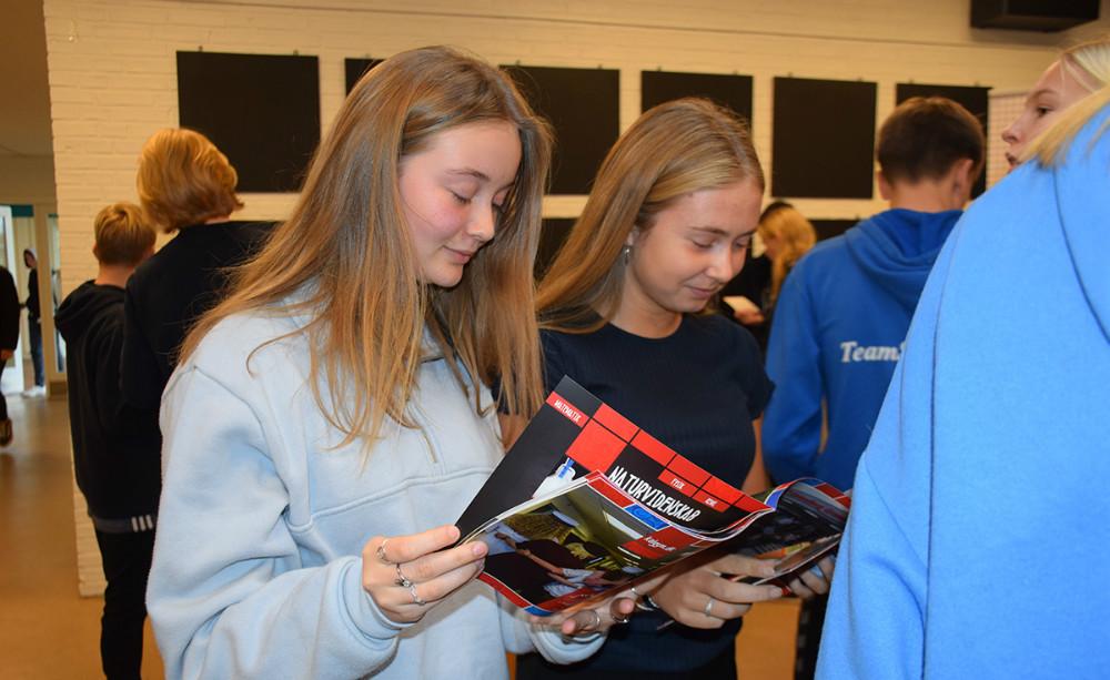 Der er i disse dage Tour De Uddannelse på de afkommunens folkeskoler, der harudskoling, og torsdag formiddag var det Nyrupskolens tur. Foto: Gitte Korsgaard.