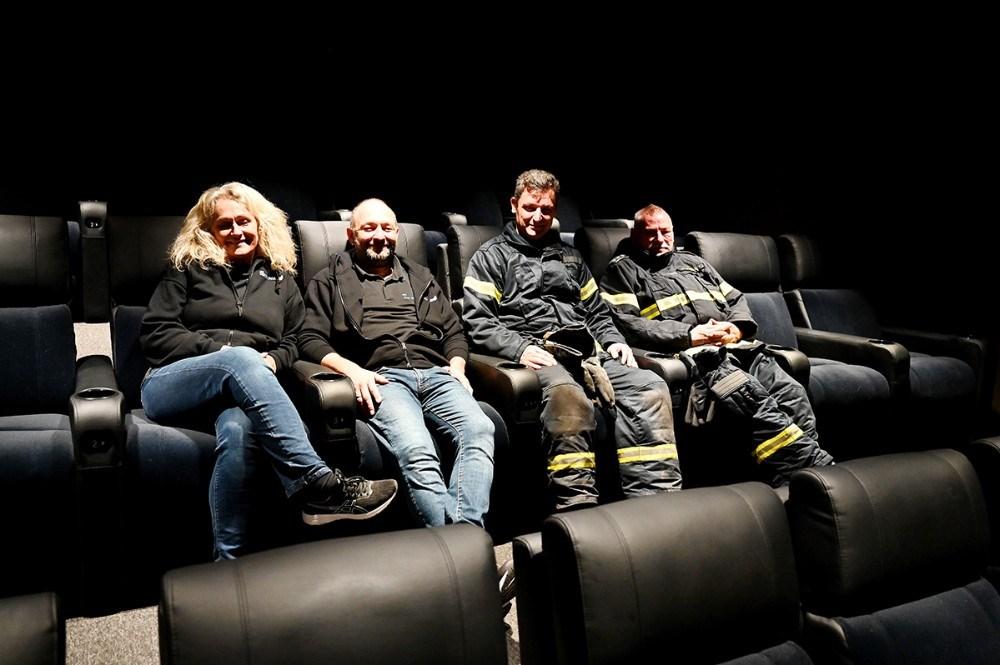 Annette Sønder Nielsen og Brian Sønder Andersen, Kino Den Blå Engel, Claus Fabrin og Per Hasselbalch, Kalundborg Brandmandsforening. Foto: Jens Nielsen