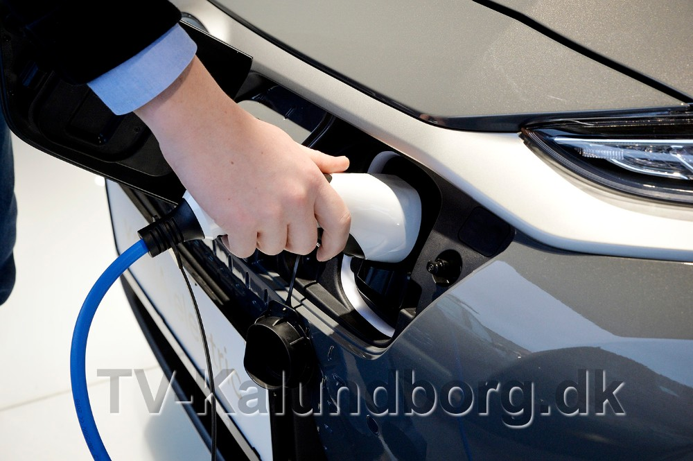 Benzin eller diesel er skiftet ud med el. Foto: Jens Nielsen