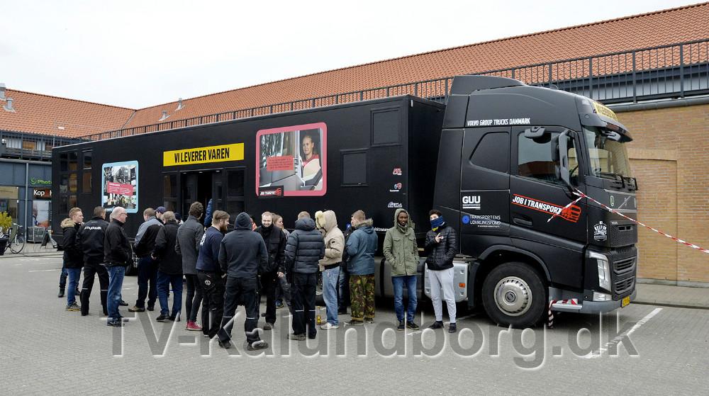 Interessen for at at høre om en uddannelse i transportbranchen var stor. Foto: Jens Nielsen