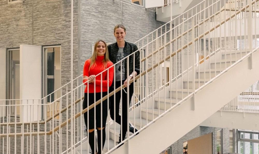 De to grundlæggere af Mewalii, Simone Westergaard fra Kalundborg (tv) ogFrederikke Dahler nu næsten klar med en prototype af deres miljøvenlige trusseindlæg.
