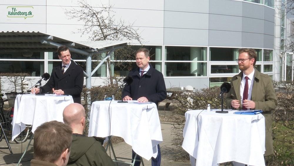 Fra venstre, indenrigs- og boligminister Kaare Dybvad Bek, Finansminister Nicolai Wammen og transportminister Benny Engelbrecht. Foto: Jens Nielsen