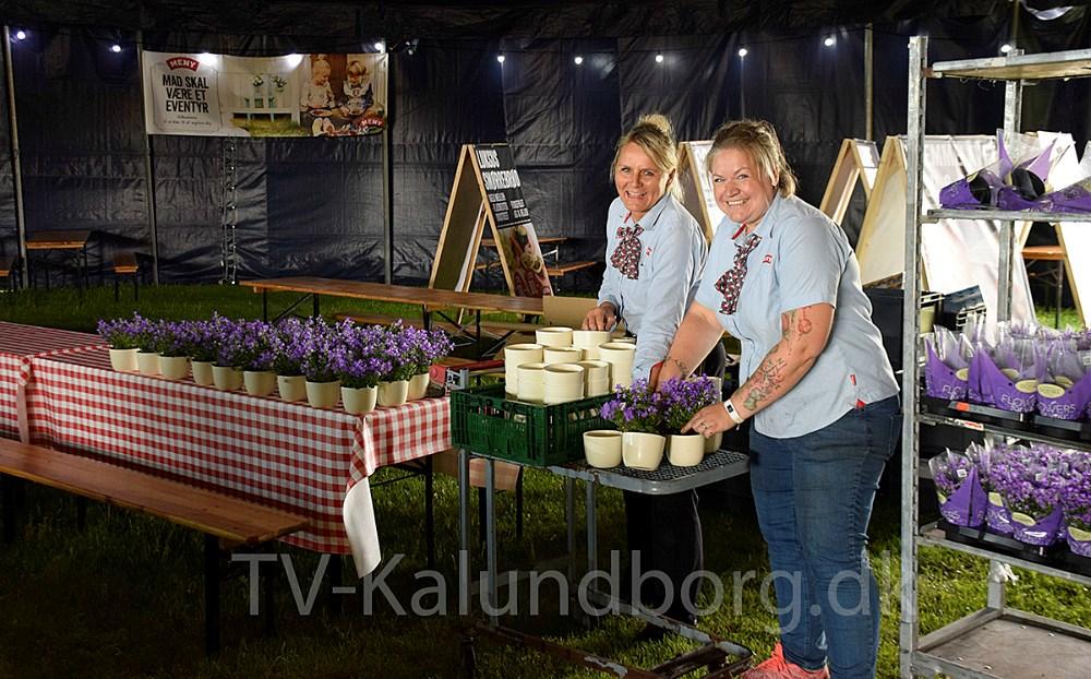 De sidste ting bliver sat på plads rundt omkring på pladsen, og så er Kalundborg Rock´er folkene ellers klar til at tage imod de mange festivalgæster, hvoraf de første kommer i dag. Foto: Gitte Korsgaard.