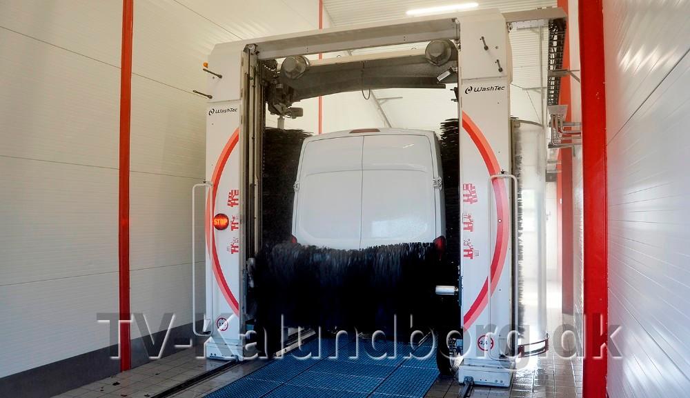 Den nye vaskehal har nu vasket 5000 biler. Foto: Jens Nielsen