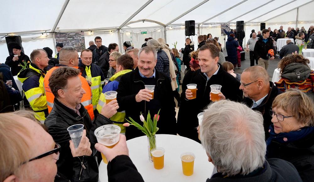 Mange af kommunalbestyrelsesmedlemmerne var også mødt op til indvielsen. Foto: Jens Nielsen