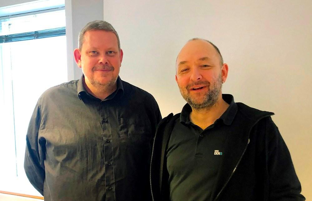 De to formænd for Vores Kalundborg, Glenn Swärd og Brian Sønder Andersen, er meget taknemmelige for den flotte donation. Arkivfoto: Jens Nielsen