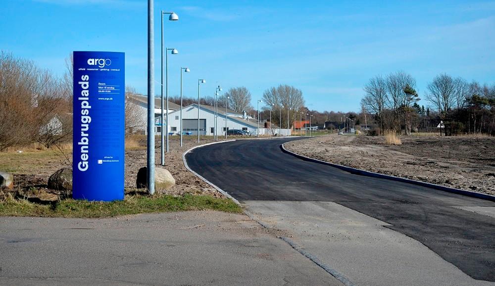 Den nye forbindelsesvej ved genbrugscentralen hedder nu Genvejen. Foto: Jens Nielsen