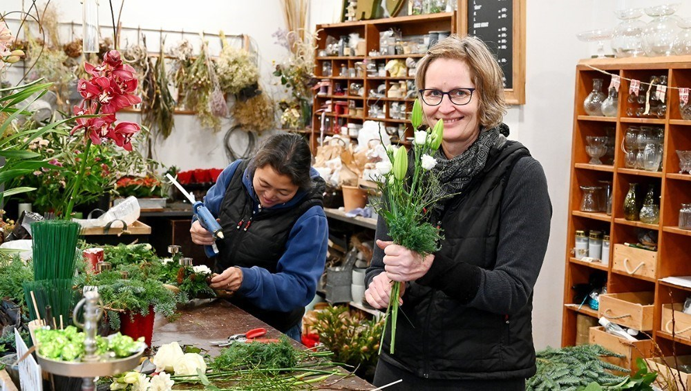 Charlotte Hansen er klar til at åbne Lynghuset i naboejendommen på fredag. Arkivfoto: Jens Nielsen