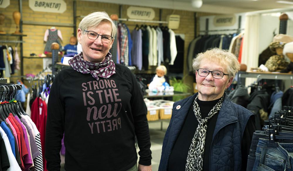 Herdis Rasmusssen sammen med formand for Røde Kors Kalundborg, Else Marie Jespersen. Foto: Jens Nielsen