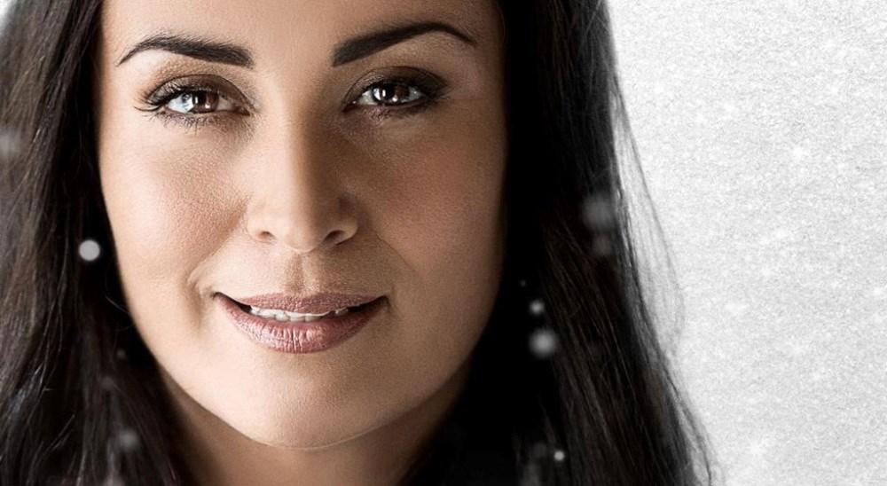 Julie Berthelsen holder julekoncert i Kino Den Blå Engel til november.