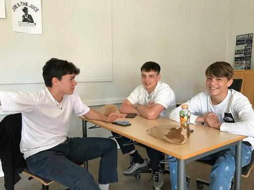Onsdag var der sidste skoledag for 10. klasse på Allikelund Gymnasium.